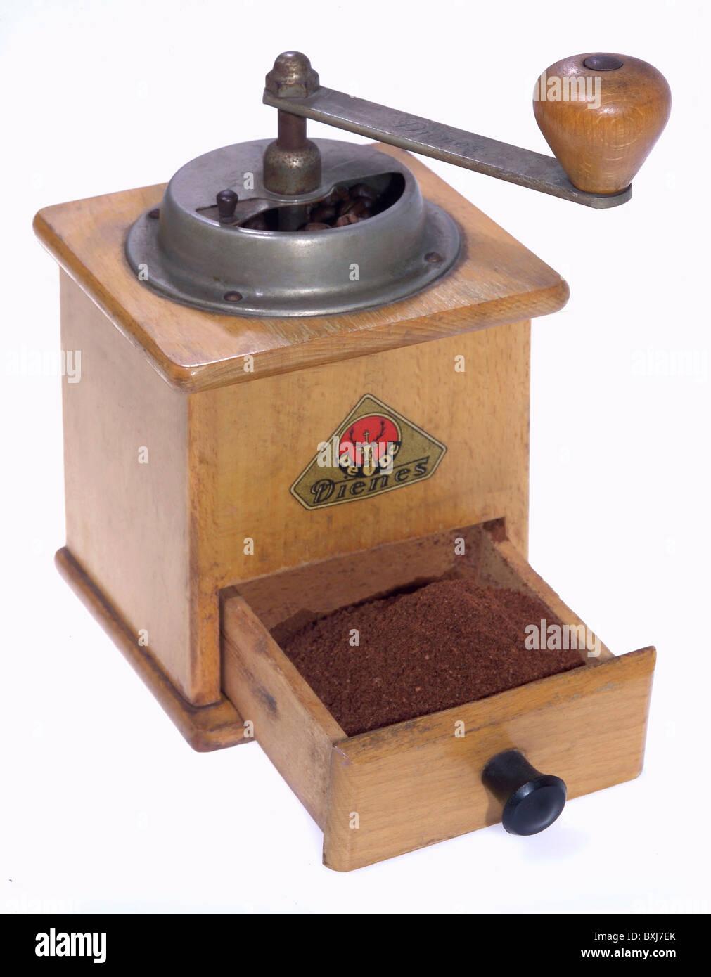 haushalt k che und geschirr kaffeem hle kaffeebohnen deutschland anfang der 1950er jahre. Black Bedroom Furniture Sets. Home Design Ideas