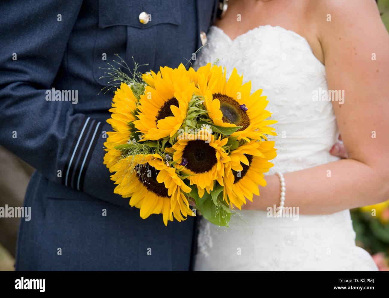 Strauss Sonnenblumen An Einem Hochzeitstag Fur Die Braut