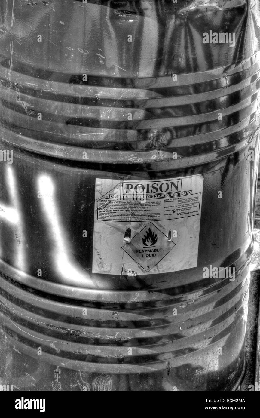 Warning Barrel Stockfotos & Warning Barrel Bilder - Alamy