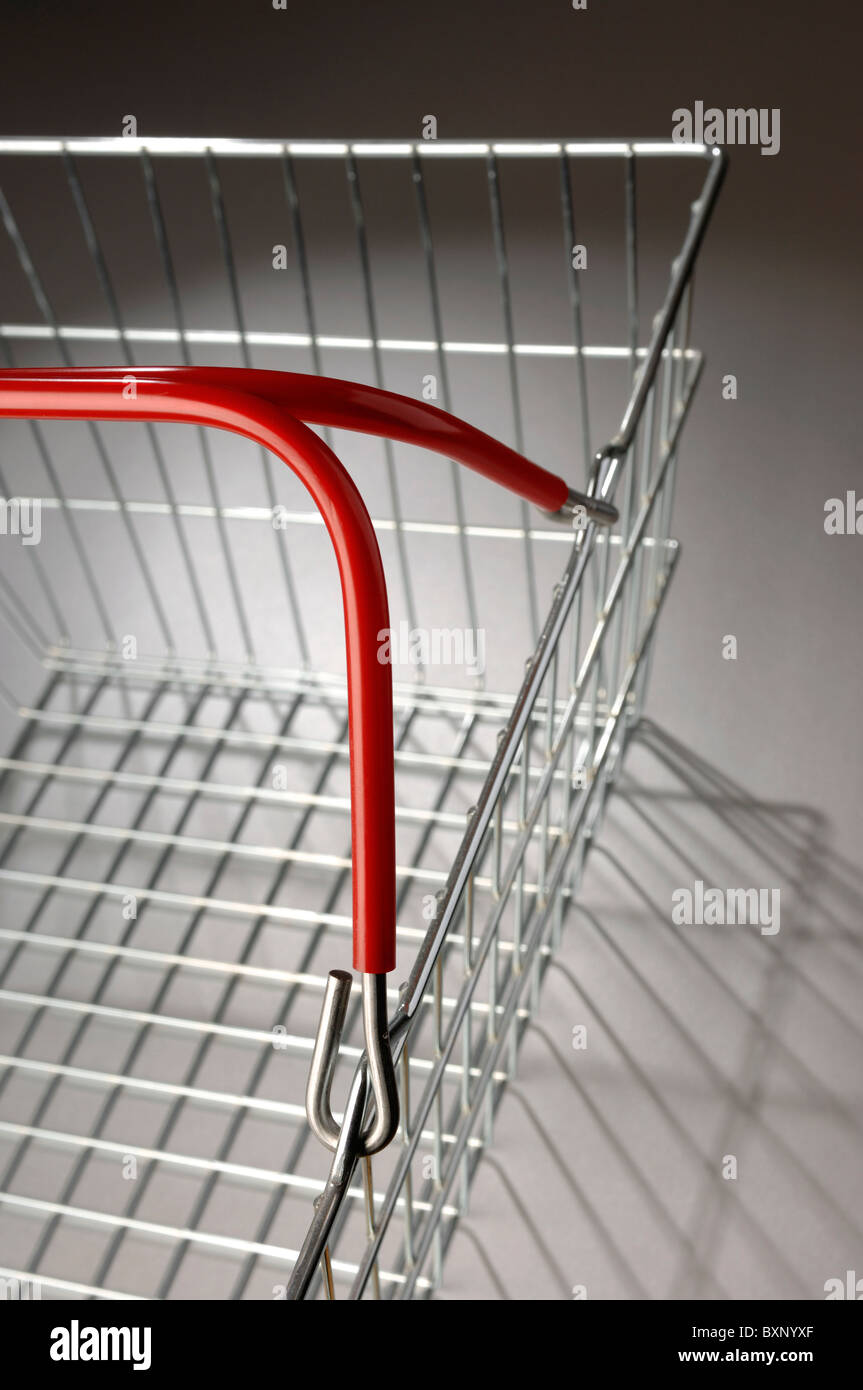 Wire Shopping Stockfotos & Wire Shopping Bilder - Alamy
