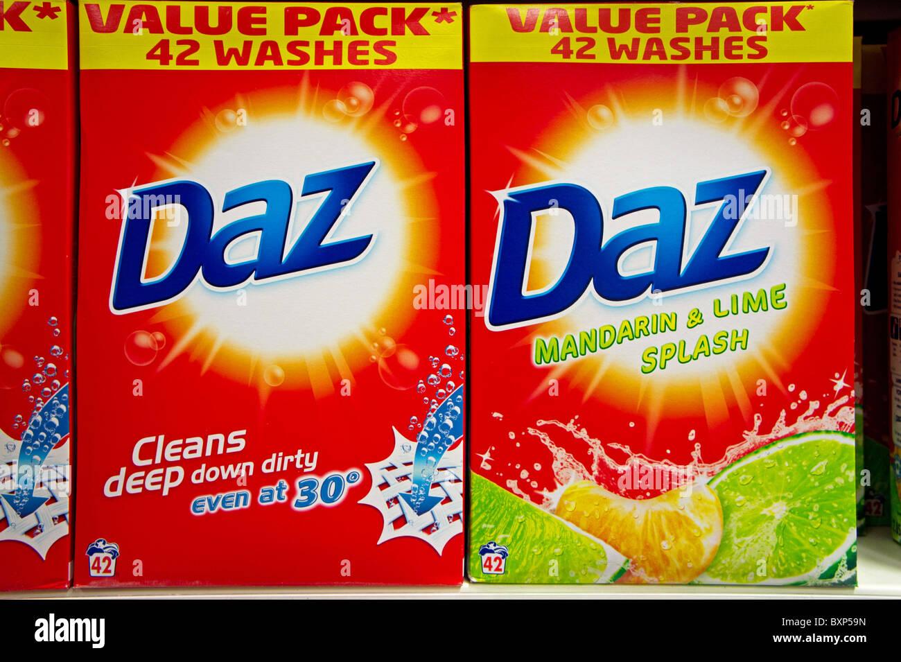 """Boxen von """"Daz"""" Waschpulver Stockbild"""