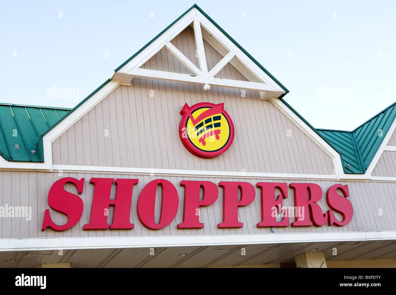 Ein Shopper-Lebensmittelgeschäft. Stockbild
