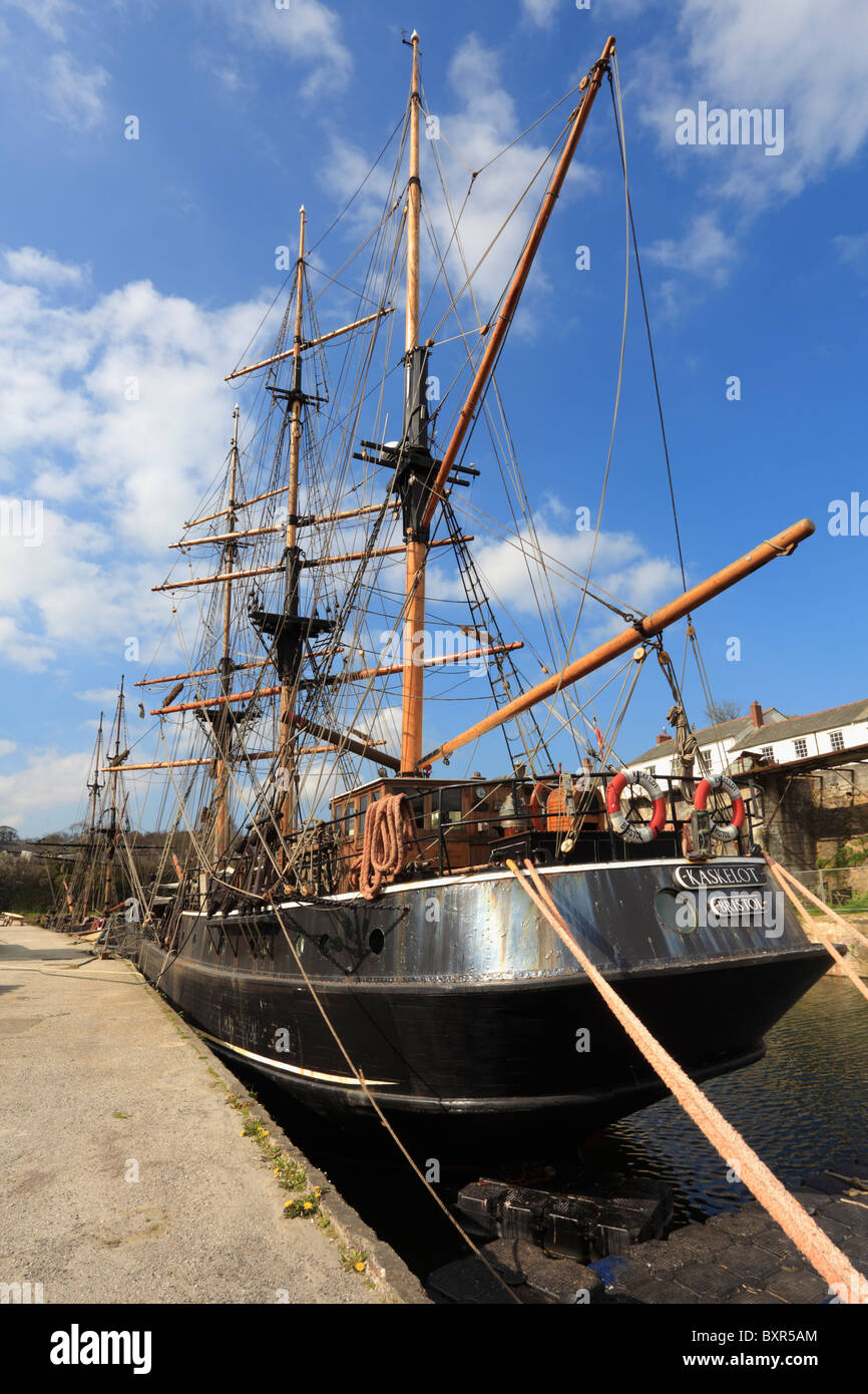 Großsegler in Charlestown Harbour an der südlichen Küste von Cornwall Stockbild
