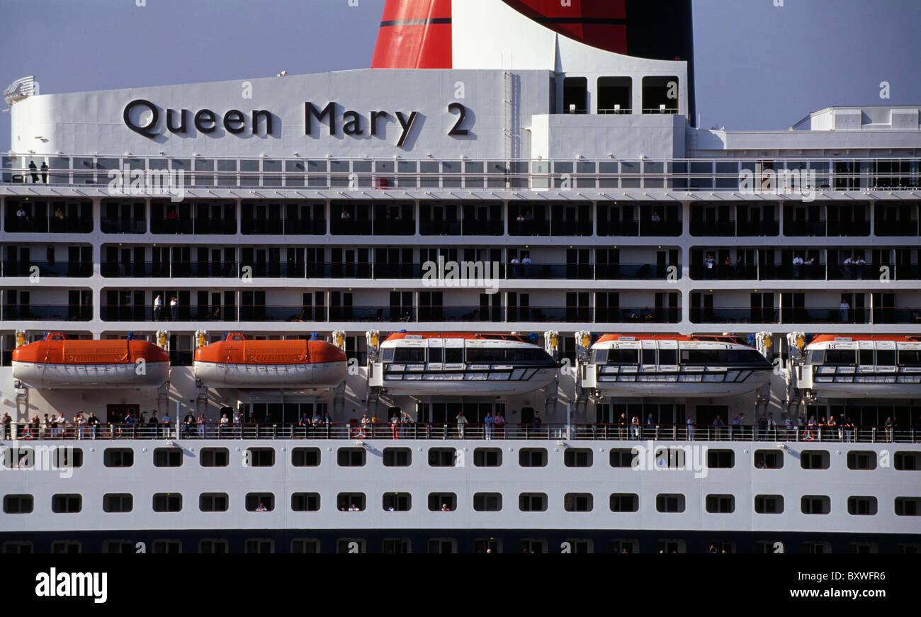 Kreuzfahrt Schiff, Queen Mary 2, Hamburg, Deutschland Stockbild