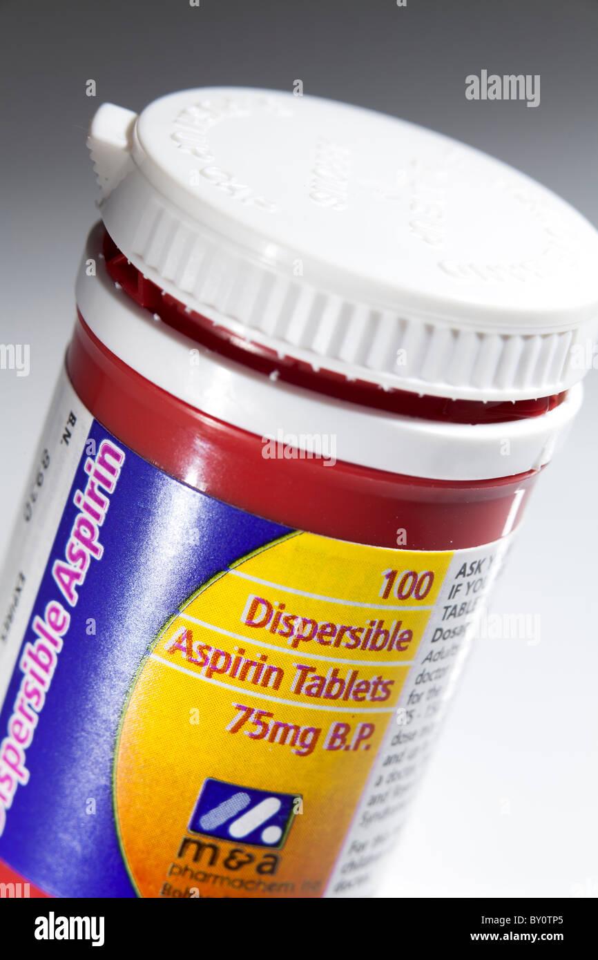 niedrige Dosis 75g Aspirin Tabletten container Stockbild