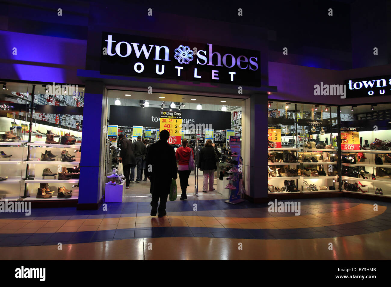 Shoes Store In Toronto Canada Stockfotos Shoes Store In Toronto