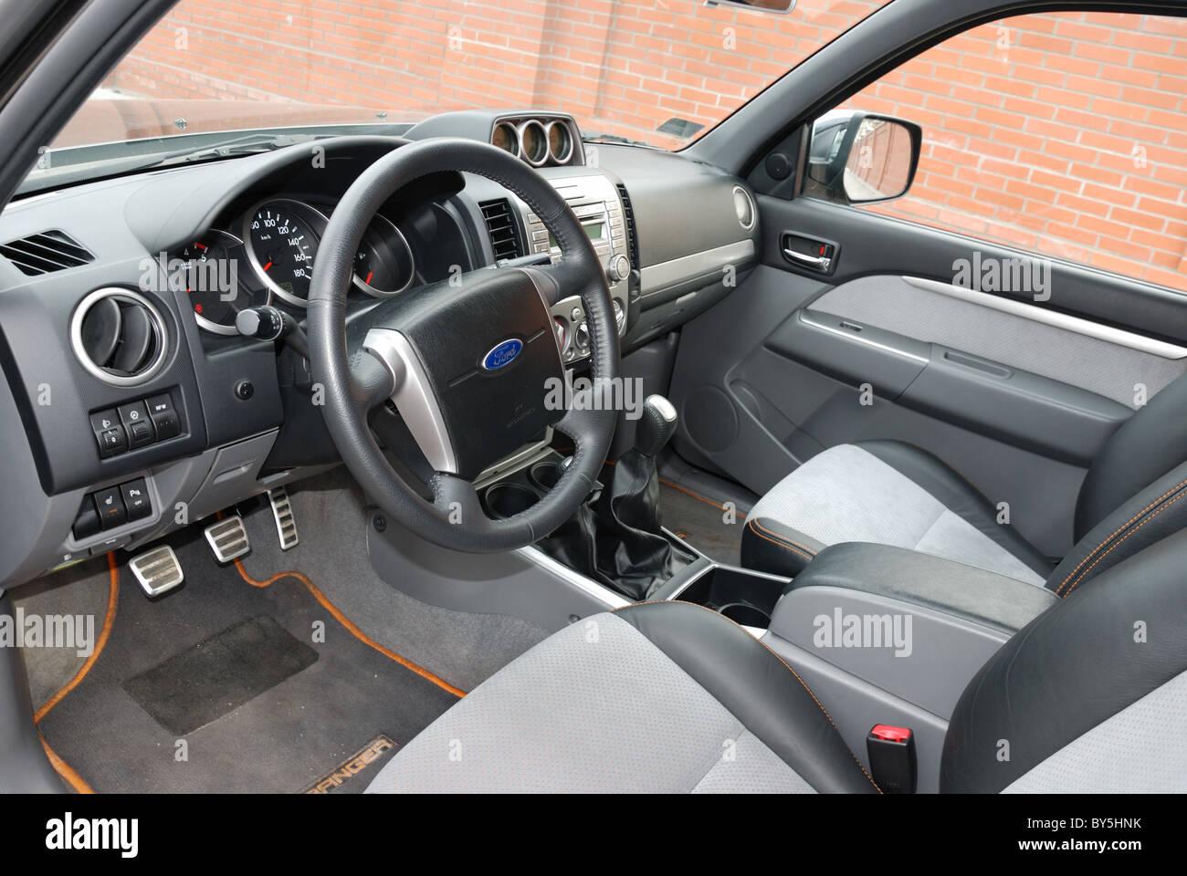 Truck Cab Interior Stockfotos & Truck Cab Interior Bilder - Alamy