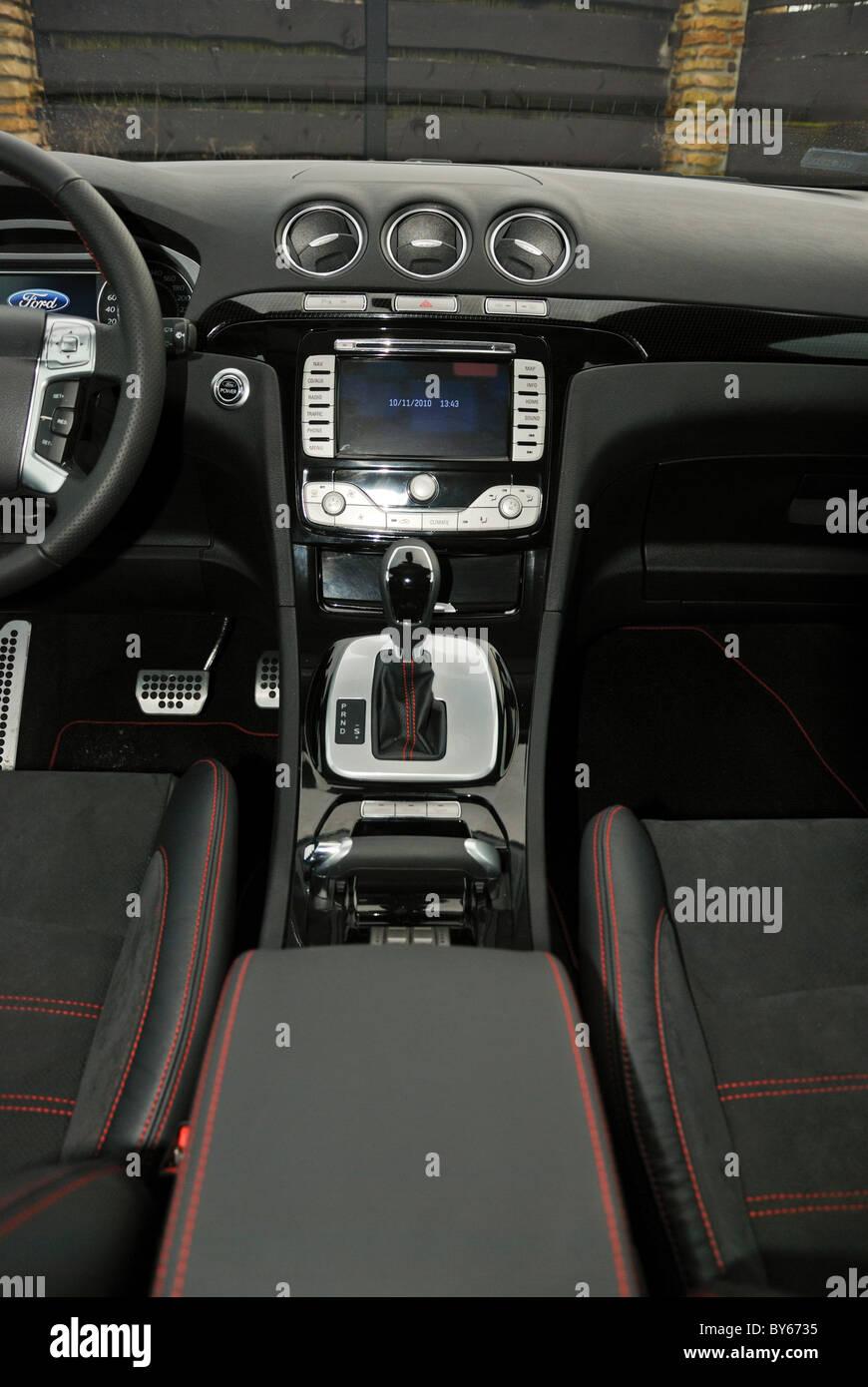 Ford S-MAX 2.0 t EcoBoost PowerShift - meine 2006 (FL 2010) - weiße ...