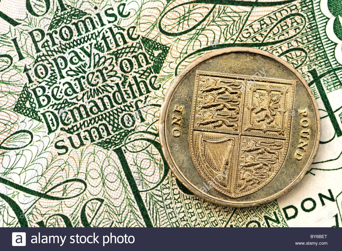 Alt Pfund Note 1 Pfund Münze Stockfoto Bild 33946832 Alamy