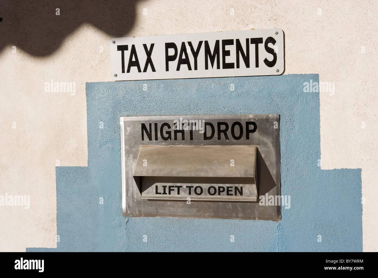 Steuerzahlung drop off-Site, Nacht fallen, New Mexico, USA Stockfoto