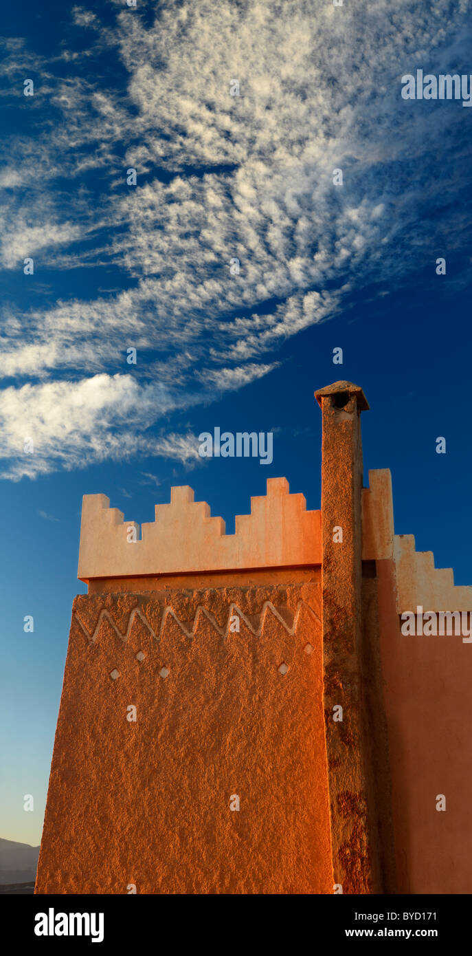 Berber muster  Struktur und Muster der Berber Pise Architektur mit Schornstein ...