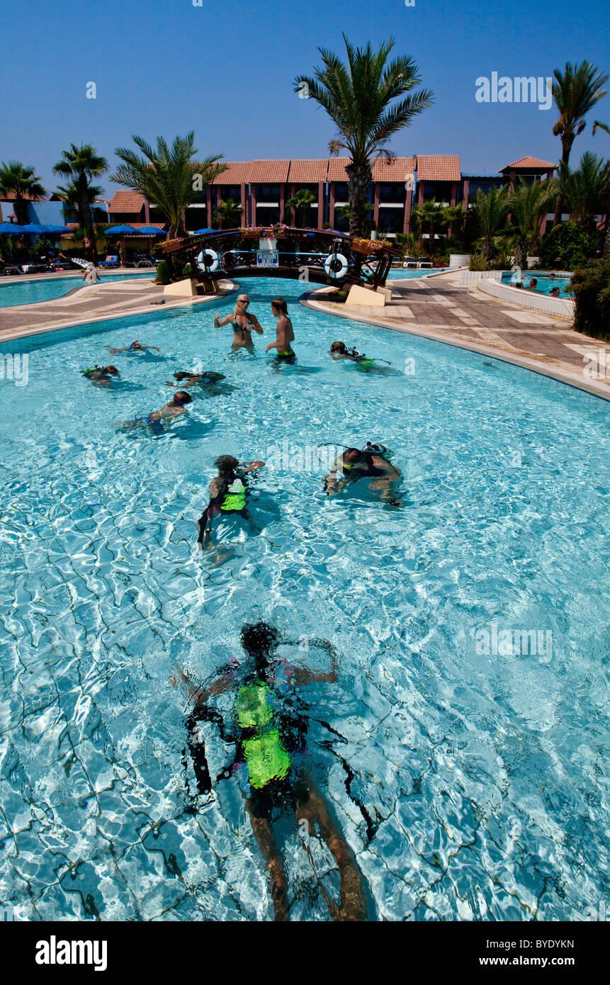 Tauchkurs Für Kinder Im Schwimmbad, Club Aldiana, Europa, Süd Zypern, Zypern