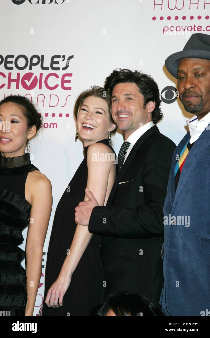 Ellen Pompeo Und Patrick Dempsey 2007 Peoples Choice Awards Im