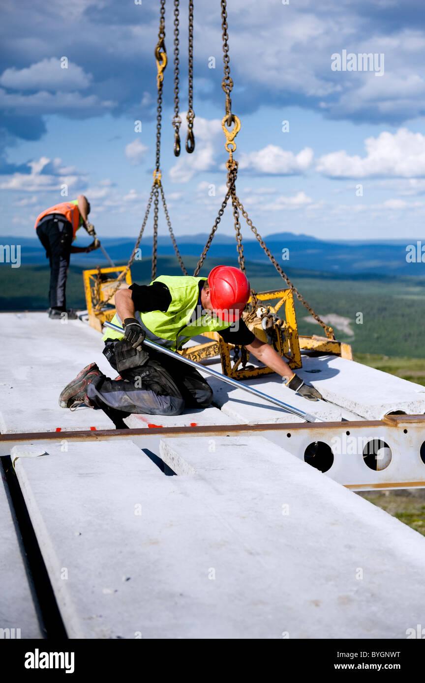 Arbeiter auf Baustelle Stockbild