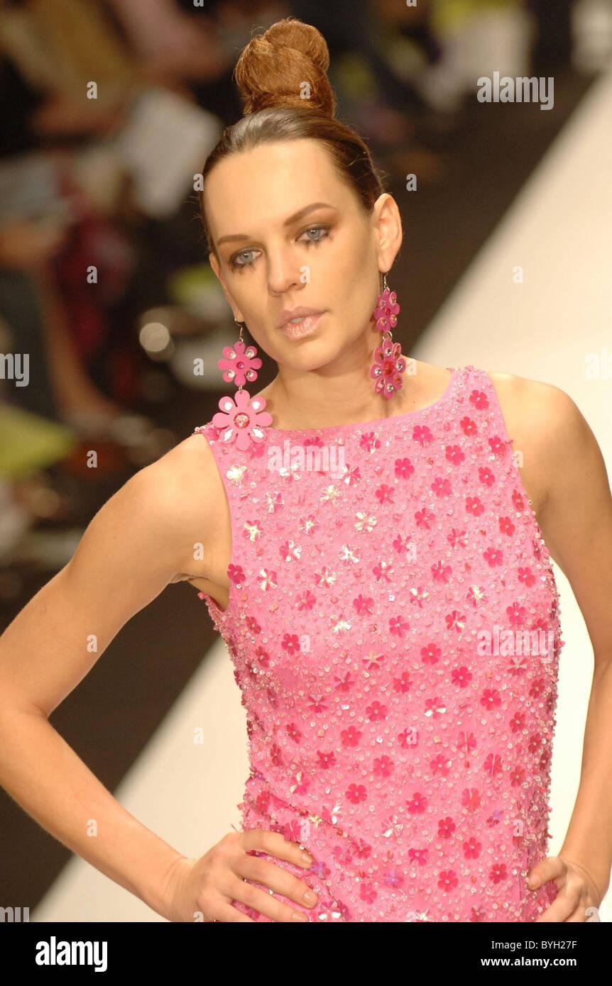 Laufsteg mercedes benz herbst 2007 l a fashion week for Mercedes benz culver city