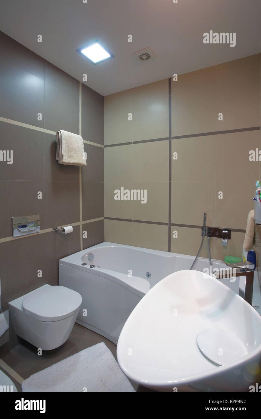 Moderne Badezimmer-Interieur, minimal Design-Stil, einfache und ...