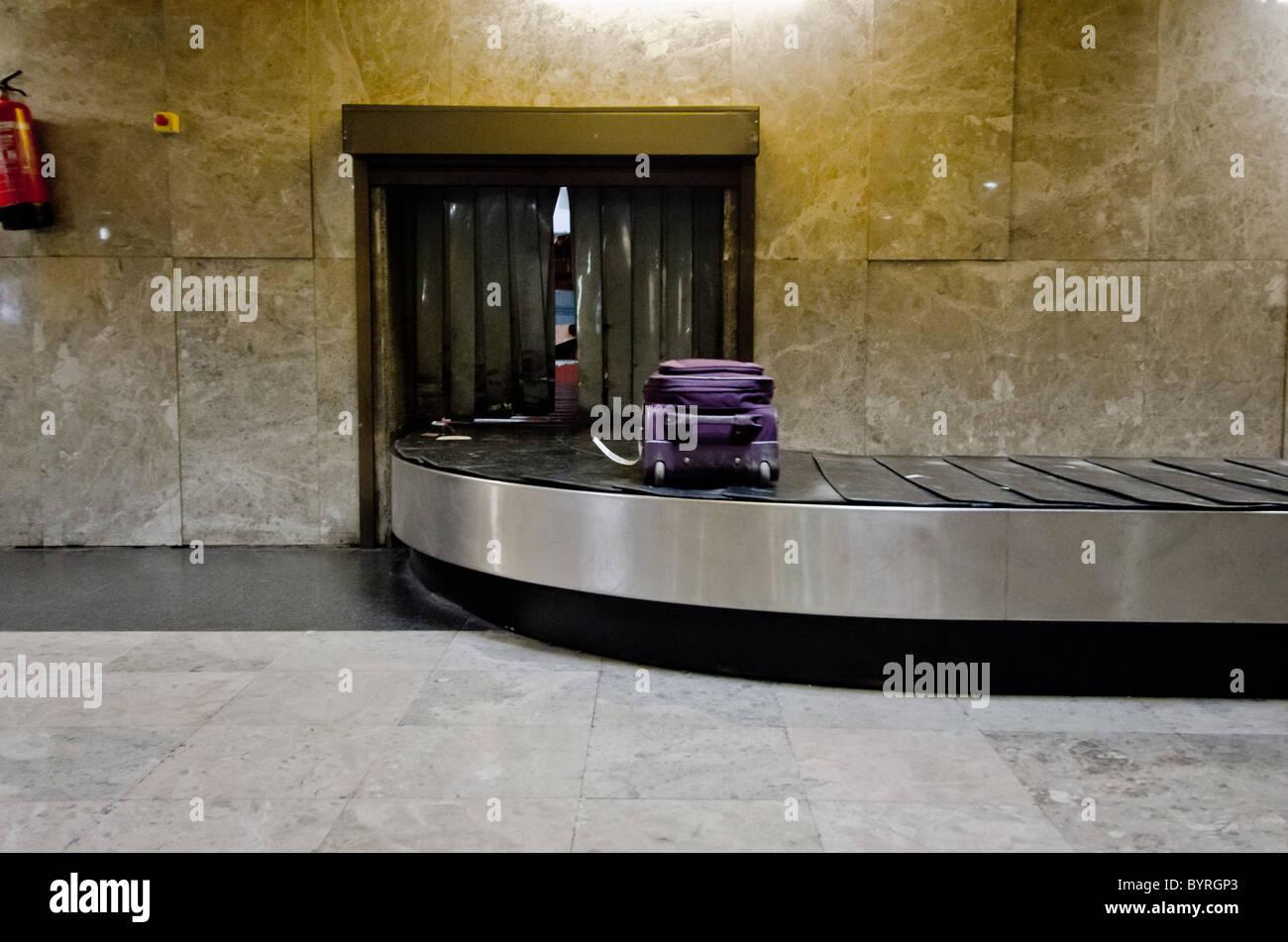 verlorenes Gepäck Flughafen Förderband Stockbild