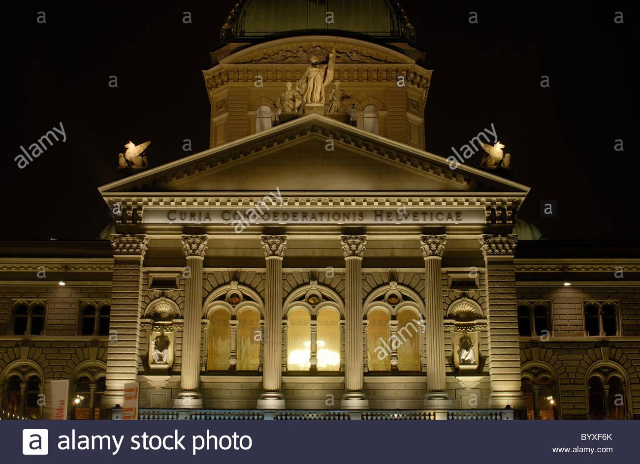 Bundeshaus Beleuchtung 2016 | Federal Parliament Stockfotos Federal Parliament Bilder Alamy