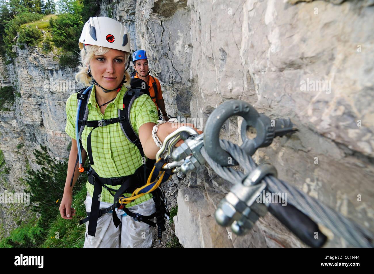 Kletterausrüstung Outdoor : Kletterausrüstung stockfotos bilder alamy