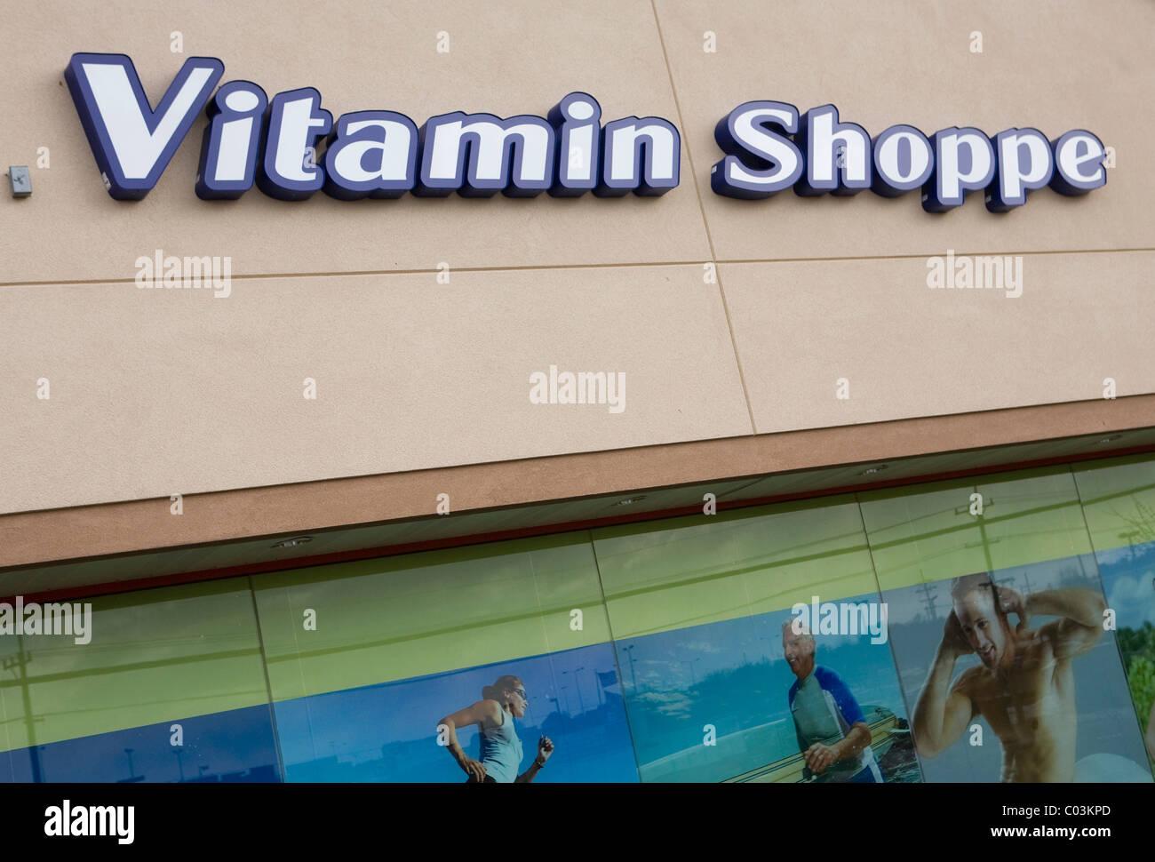 Ladengeschäft Vitamin Shoppe. Stockbild