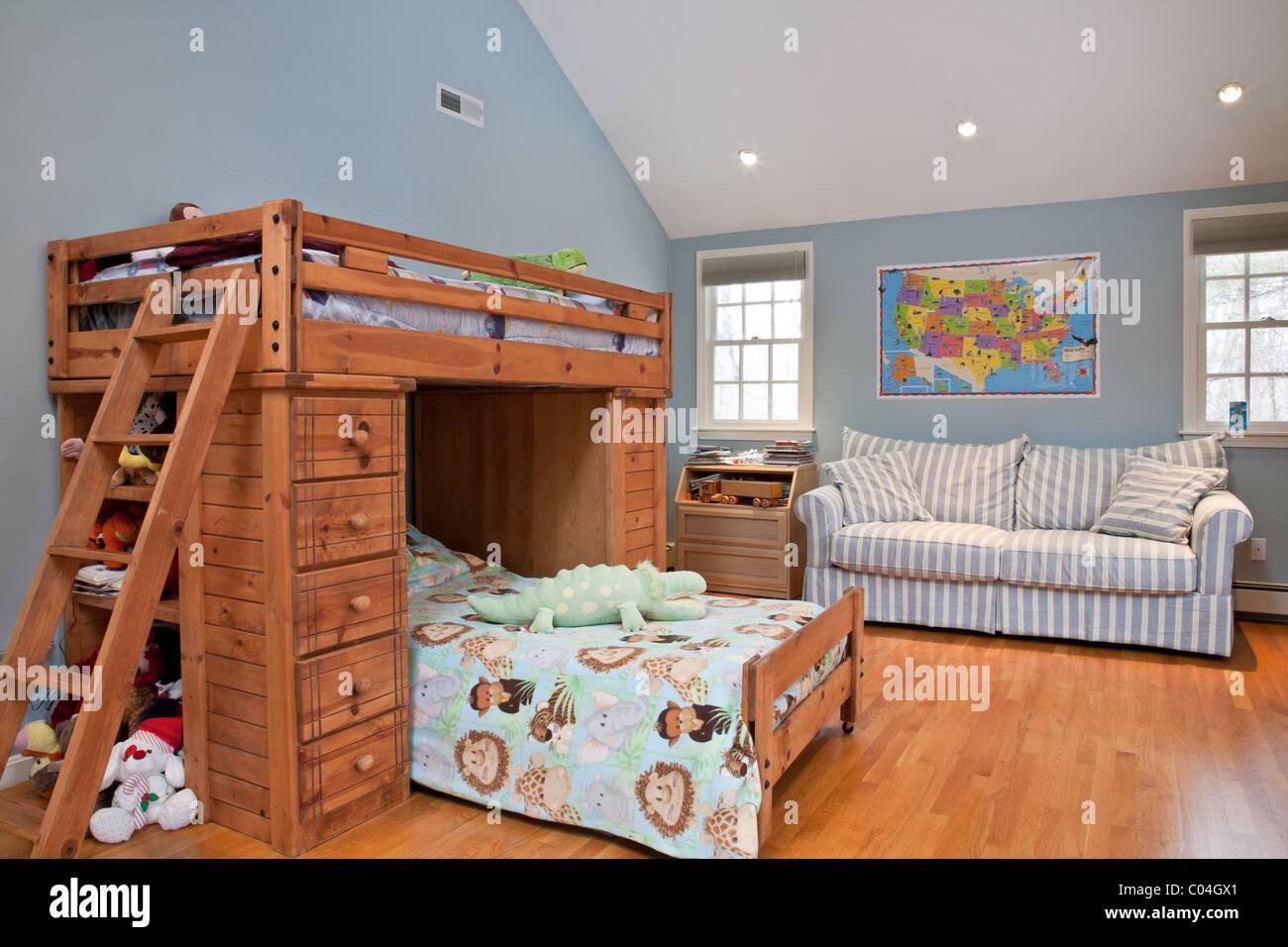 Etagenbetten Kinderzimmer : Kinderzimmer mit etagenbetten wohngebäude wohn haus usa stockfoto