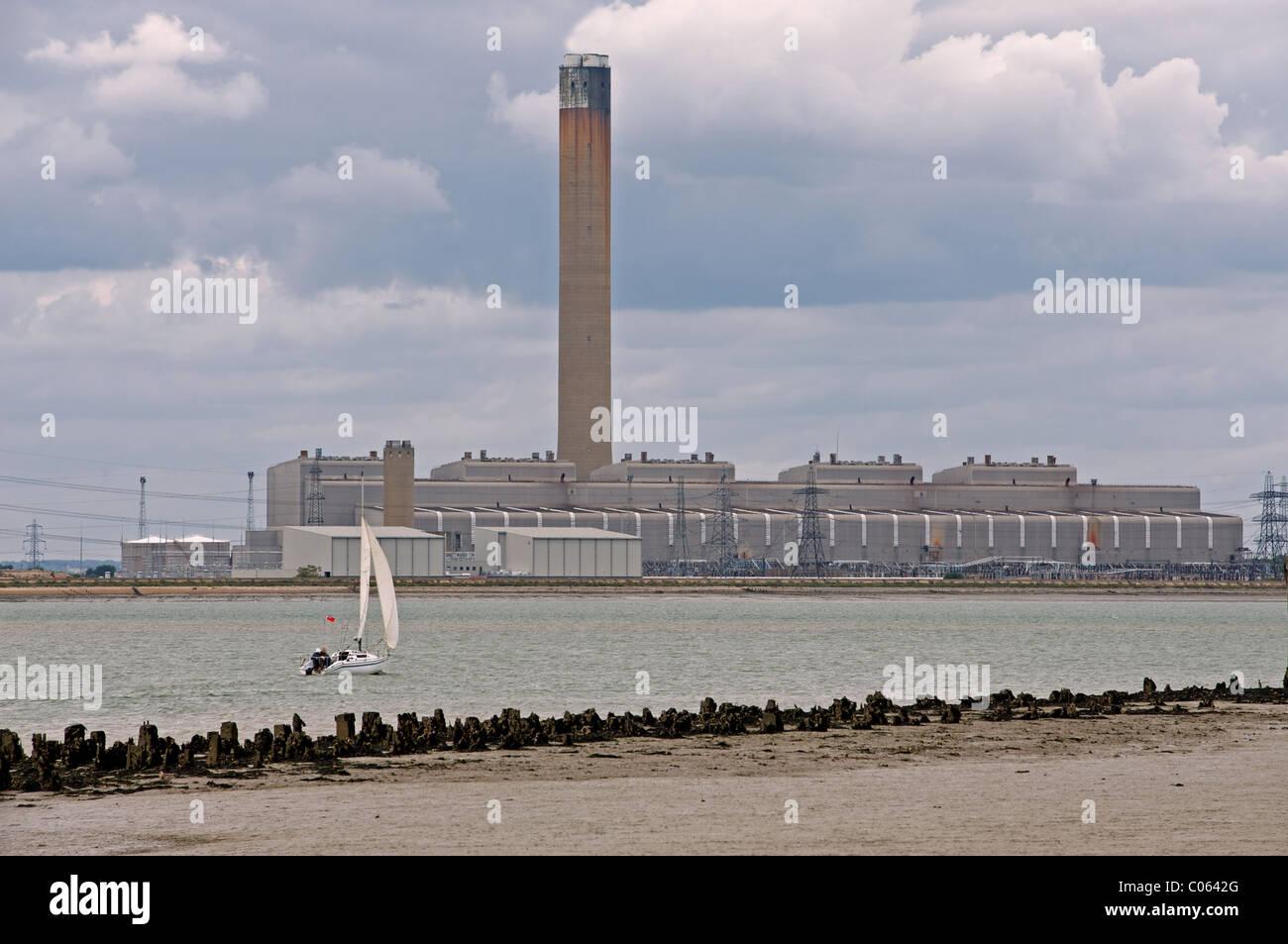 Ölkraftwerk, UK. Stockbild