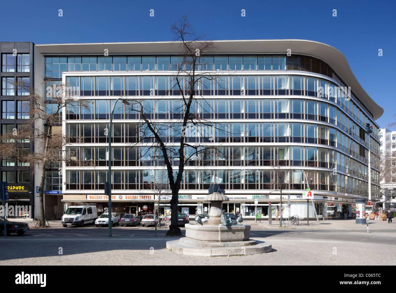 Europa Garage Hardenberg : Bürogebäude berlin stockfotos & bürogebäude berlin bilder alamy