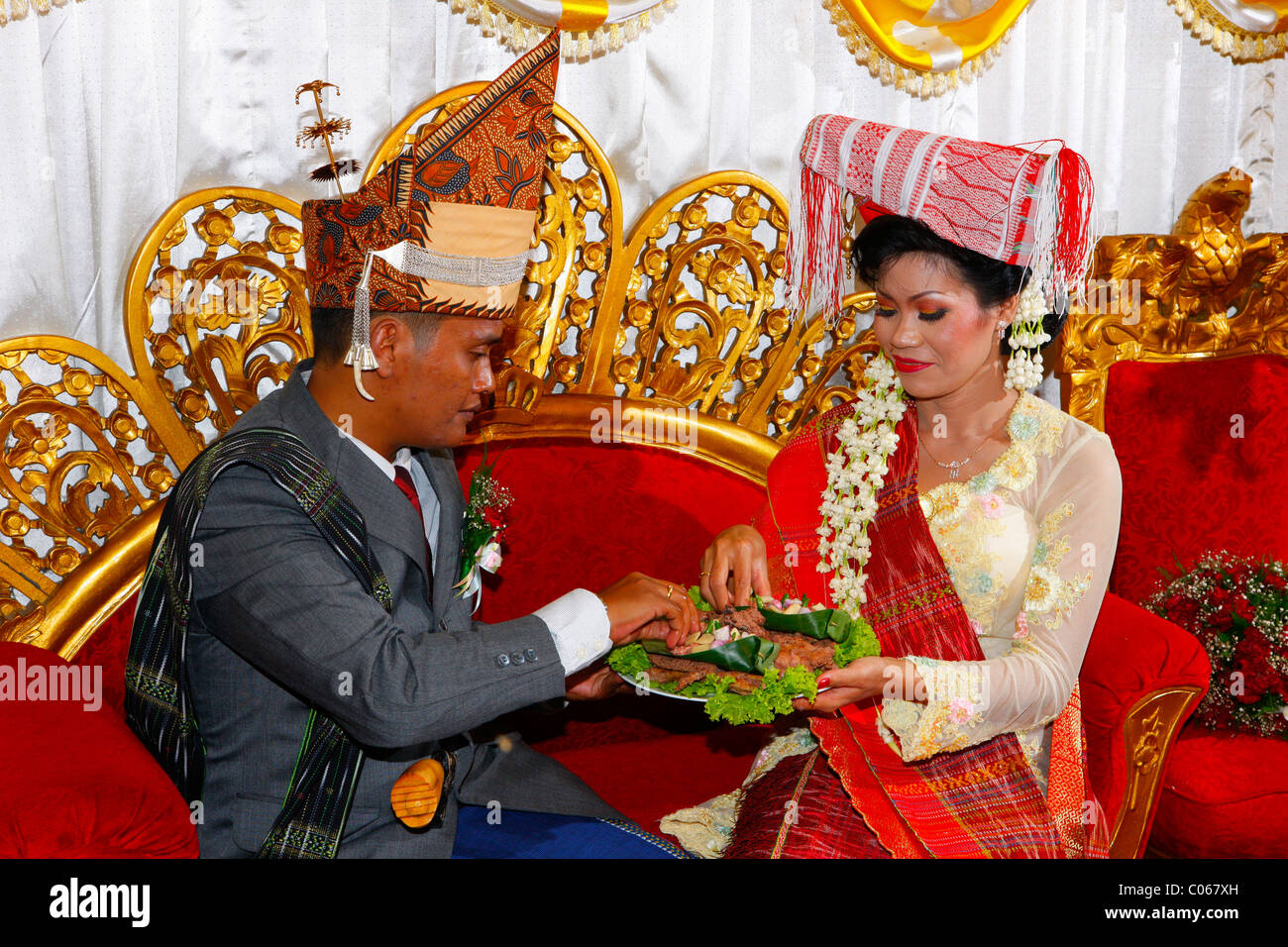 Traditionelle Hochzeitsgeschenke Stockfotos Traditionelle