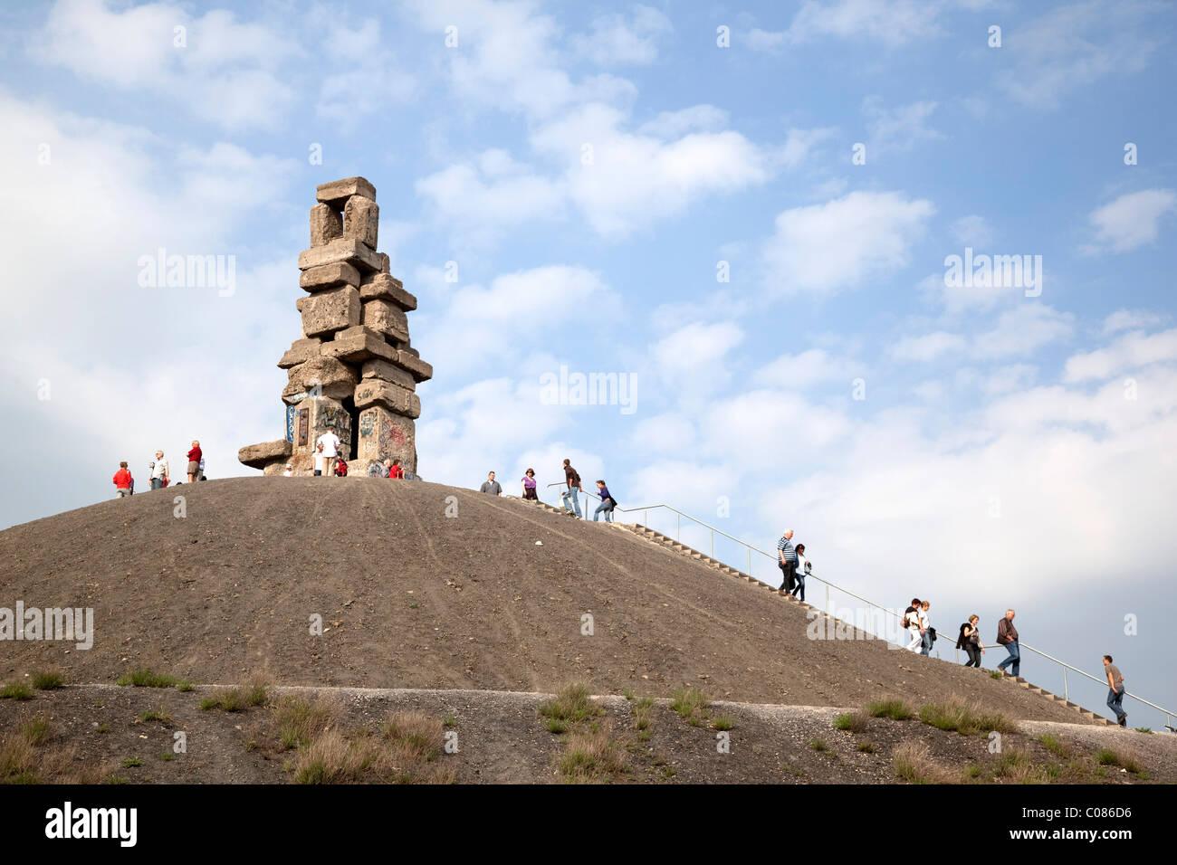 Halde Rheinelbe Dump Wahrzeichen mit Skulptur, Himmelsleiter, Jakobsleiter, Himmelsleiter, Gelsenkirchen Stockbild