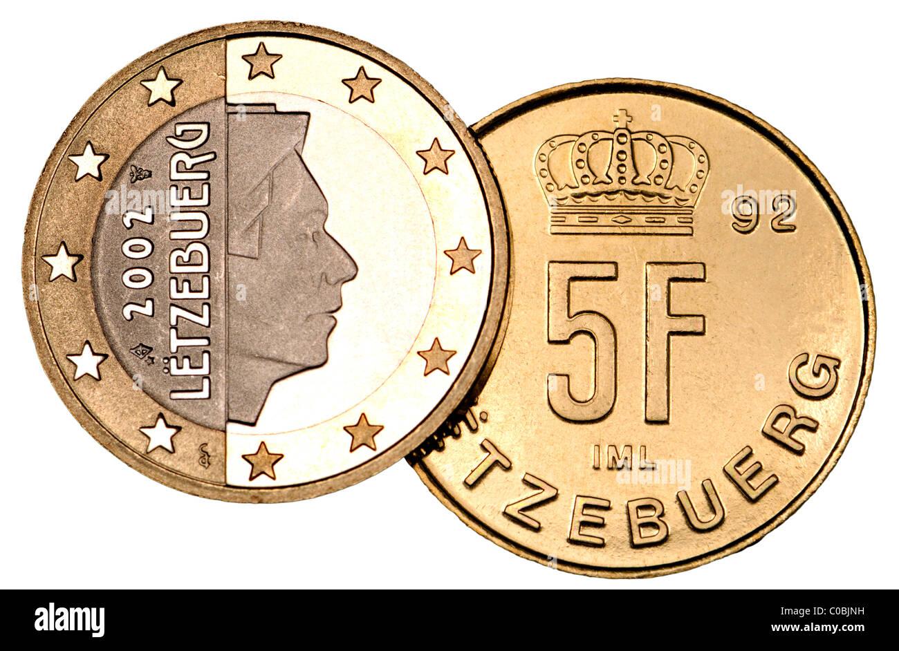 Luxemburg 1 Euro Münze Von 2000 Und 5 Franc Münze Von 1992 Stockfoto