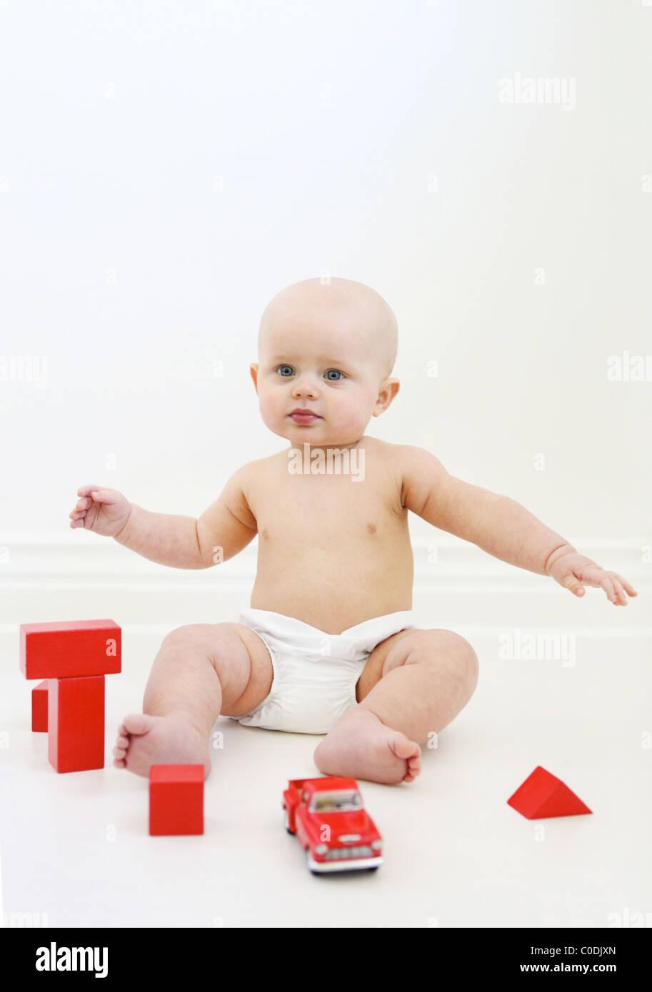 Toys Are Us Boy Stockfotos & Toys Are Us Boy Bilder - Alamy