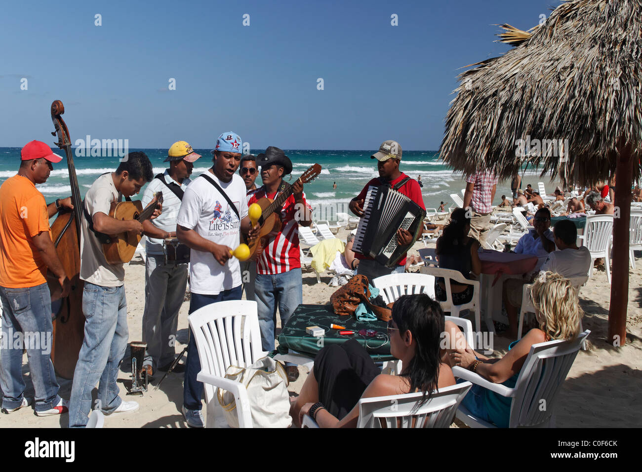 Sohn-Musiker in Playa del Este, Santa Maria Del Mar, in der Nähe von Havanna Kuba Stockfoto