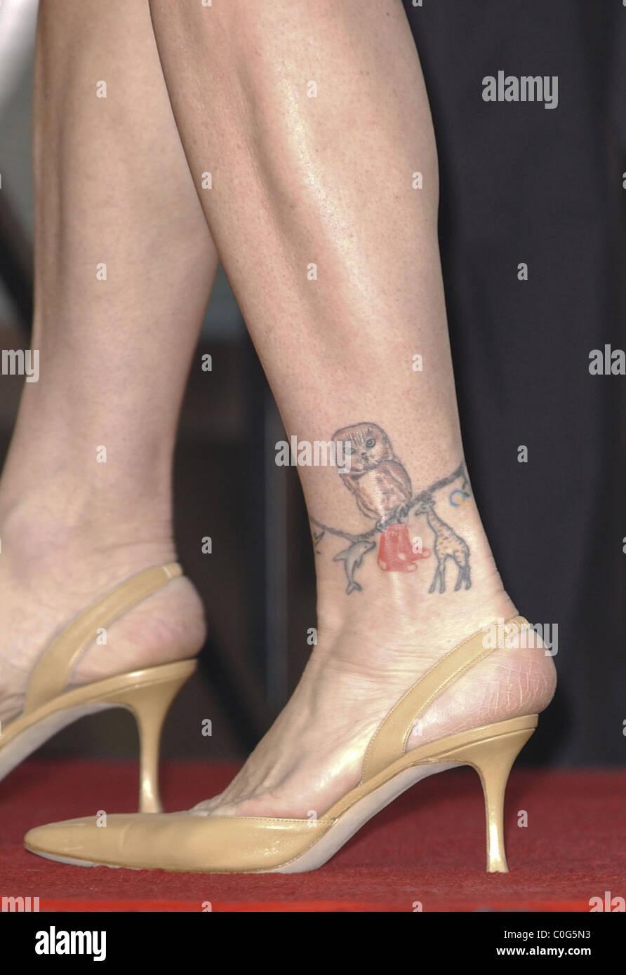 Susan Saint James Knöchel Tattoo Geehrt Mit Dem 2364th Stern Auf