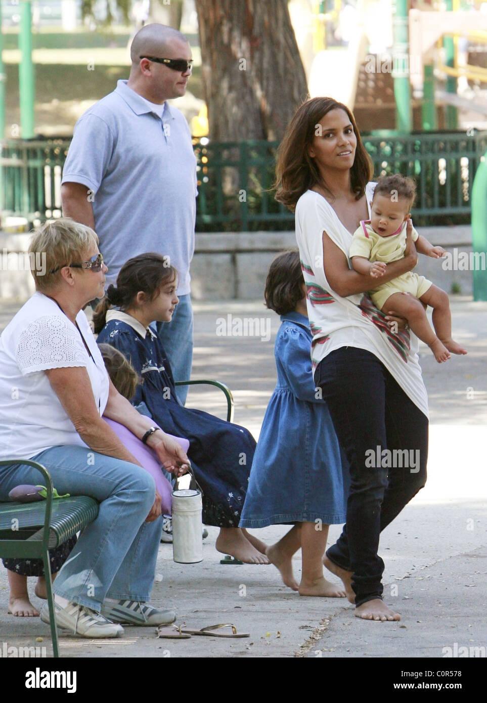 Halle Berry Viel Zeit Mit Ihrer Tochter Nahla Ariela Aubry Und Ihrer