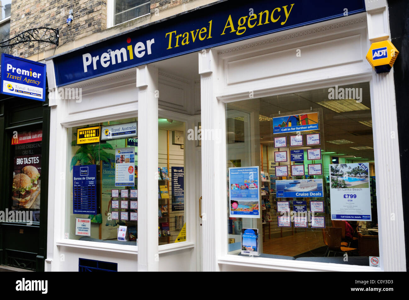Premier Travel Agency, Rose Crescent, Cambridge, England, UK Stockbild