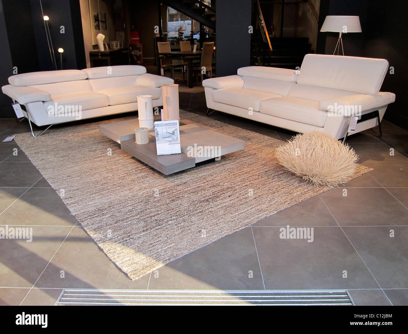 Innenausstattung Inneneinrichtung Wohnzimmer Modern Niemand Sofa ...