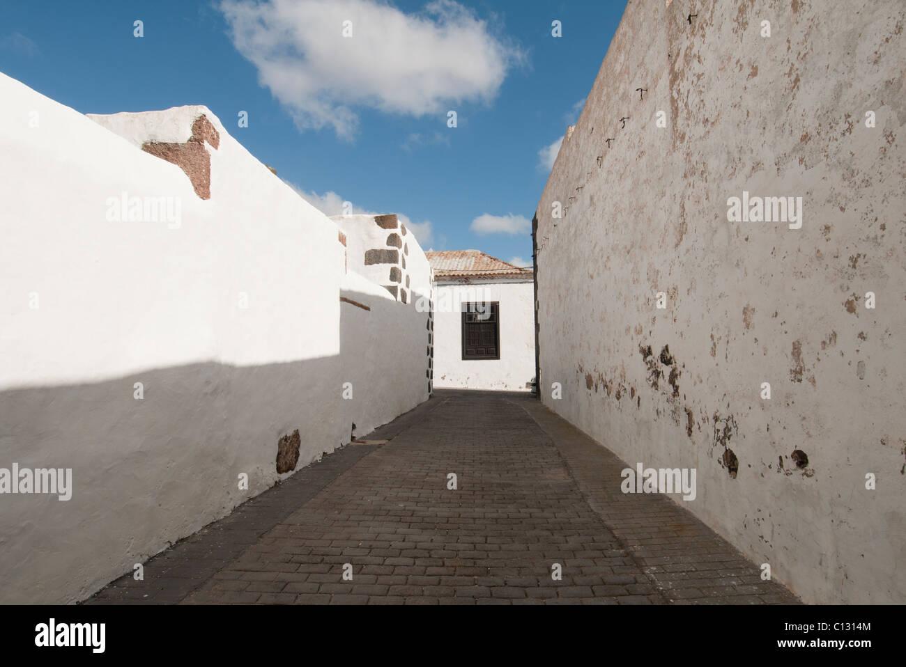 weiße Wände, Teguise Stockbild