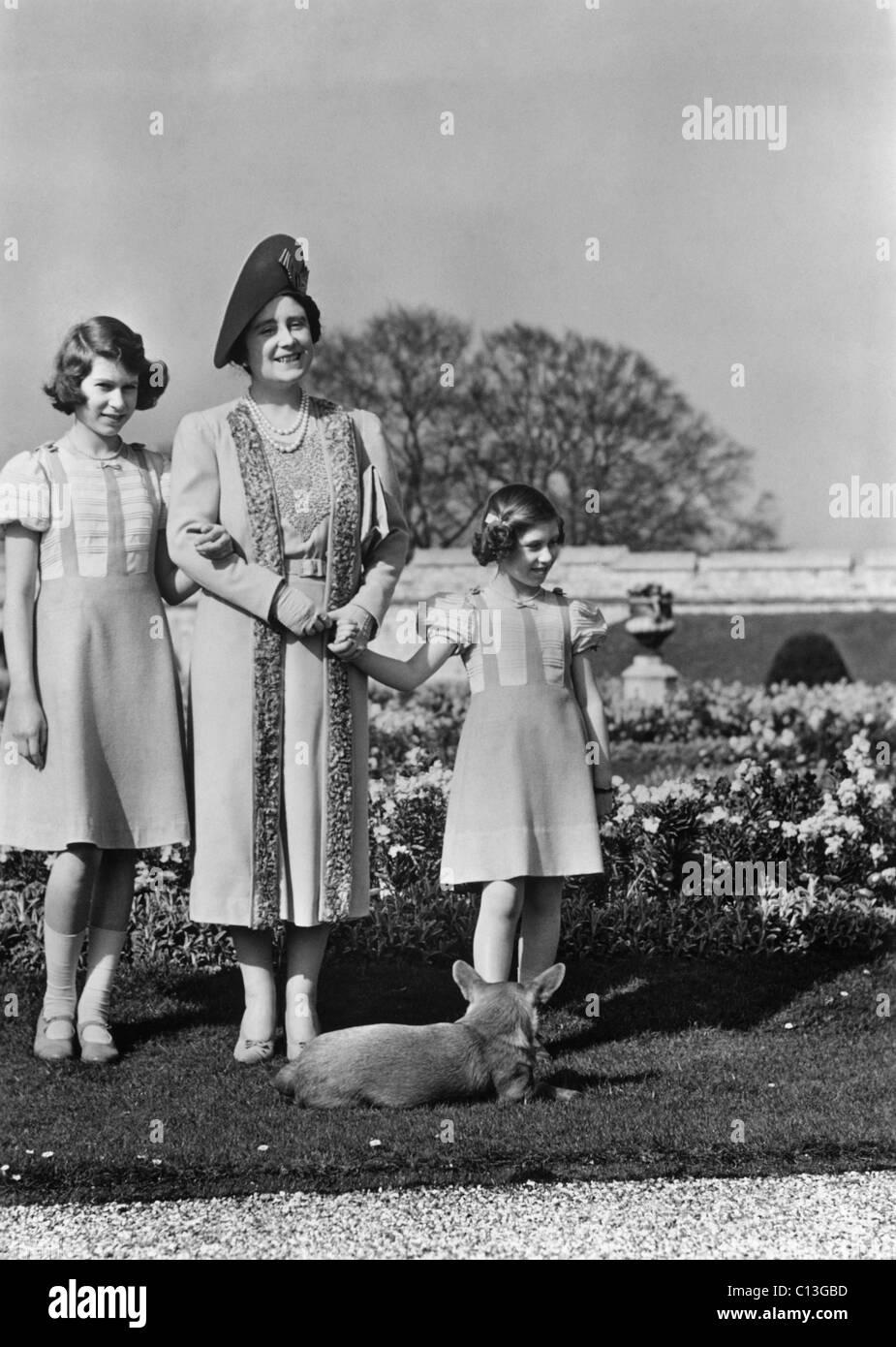 Queen Elizabeth Mitte Die Ehemalige Duchess Of York Und Ihre