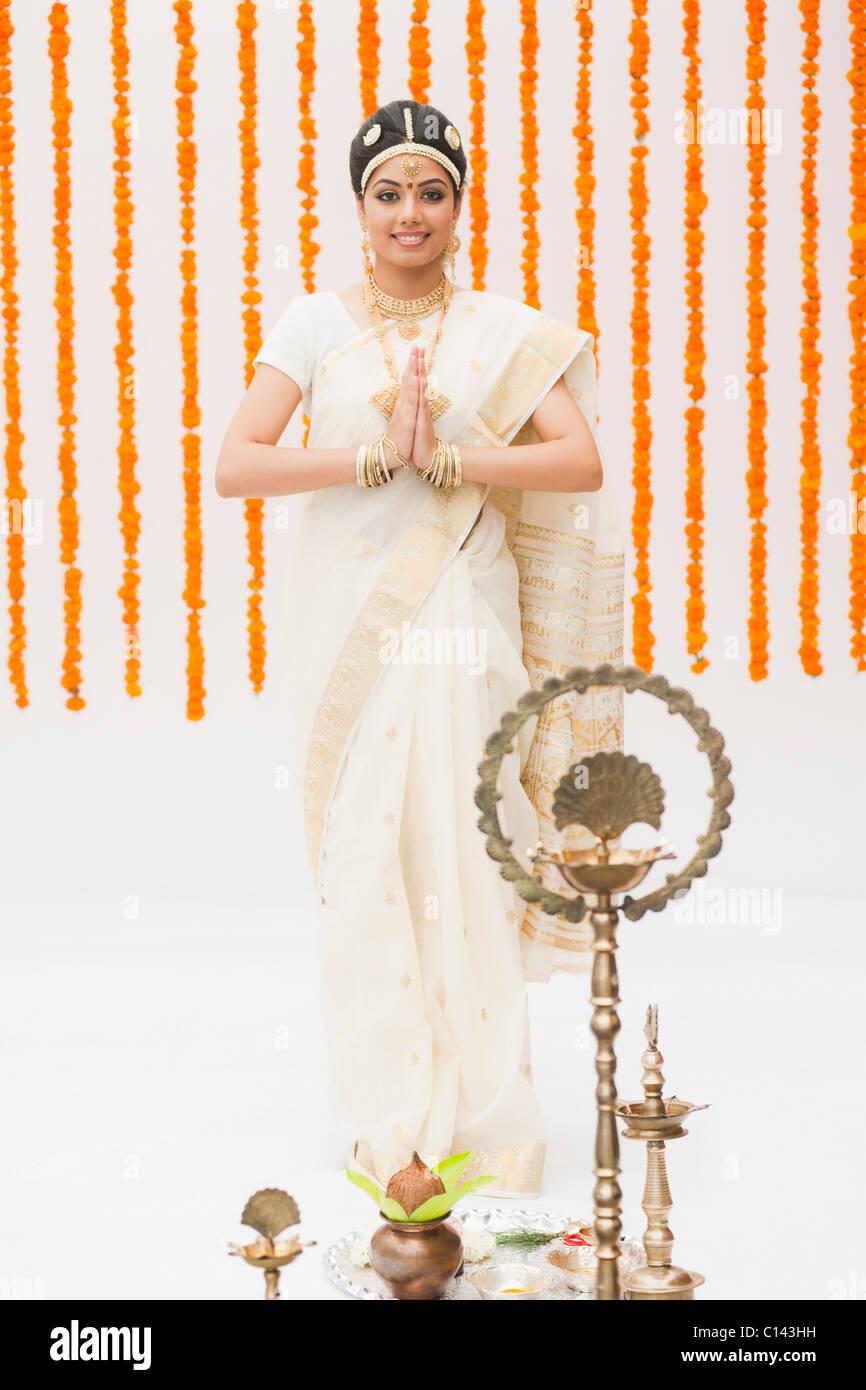 Indian Wedding Ceremony Bangle Stockfotos & Indian Wedding Ceremony ...