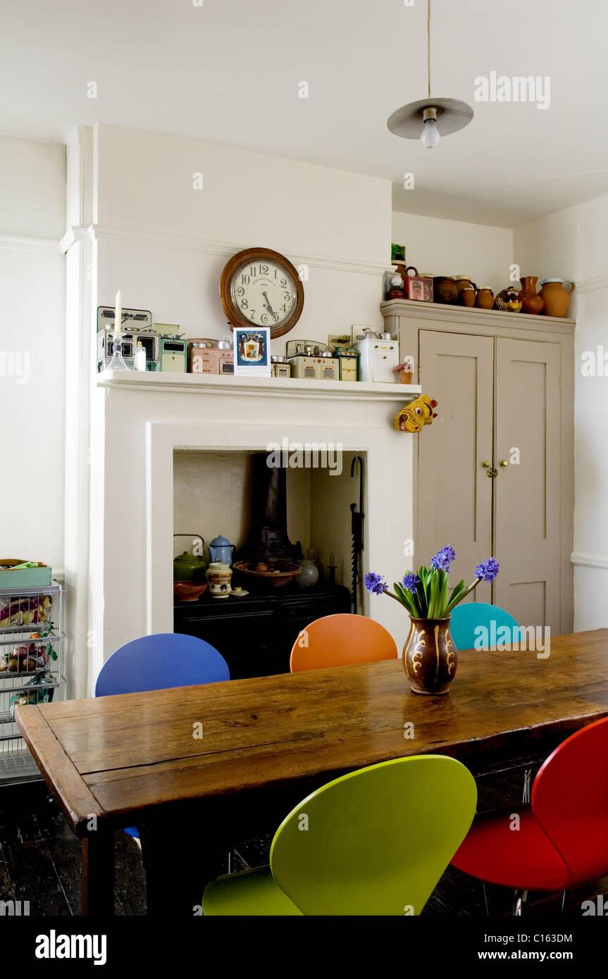 Groß Schmetterling Küche Tische Und Stühle Ideen - Küchenschrank ...