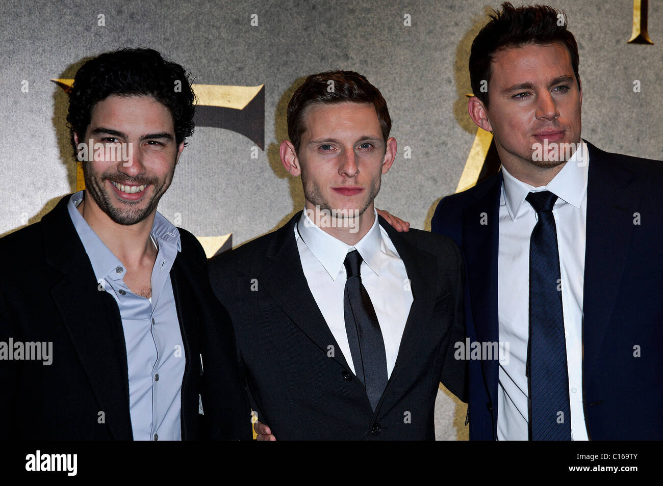 Channing Tatum, Jamie Bell und Tahar Rahim besucht die UK-Premiere von THE EAGLE am The Empire Leicester Square, Stockbild