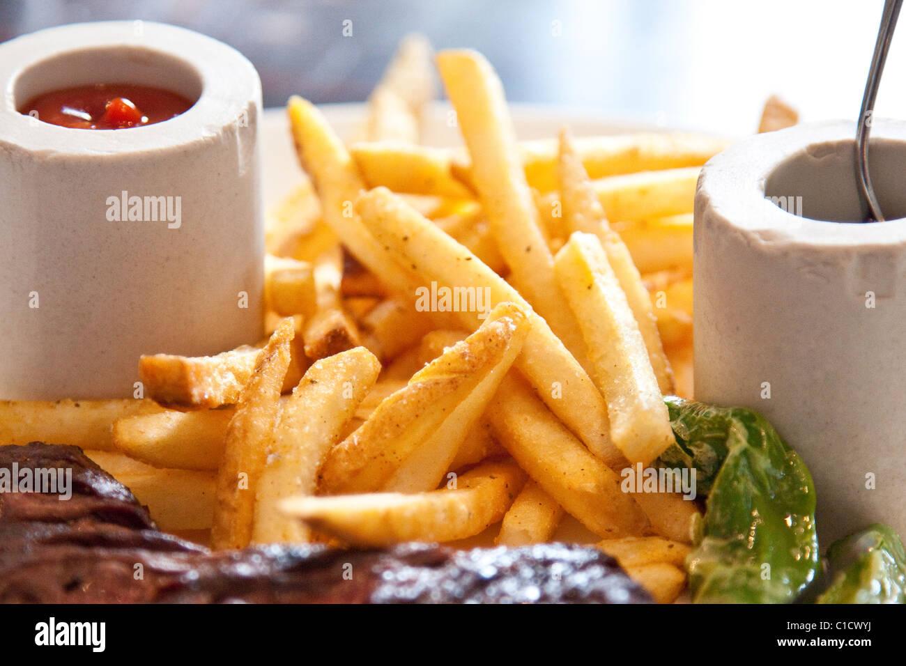 Pommes frites, J & G Steakhouse im W Hotel, Washington DC Stockbild