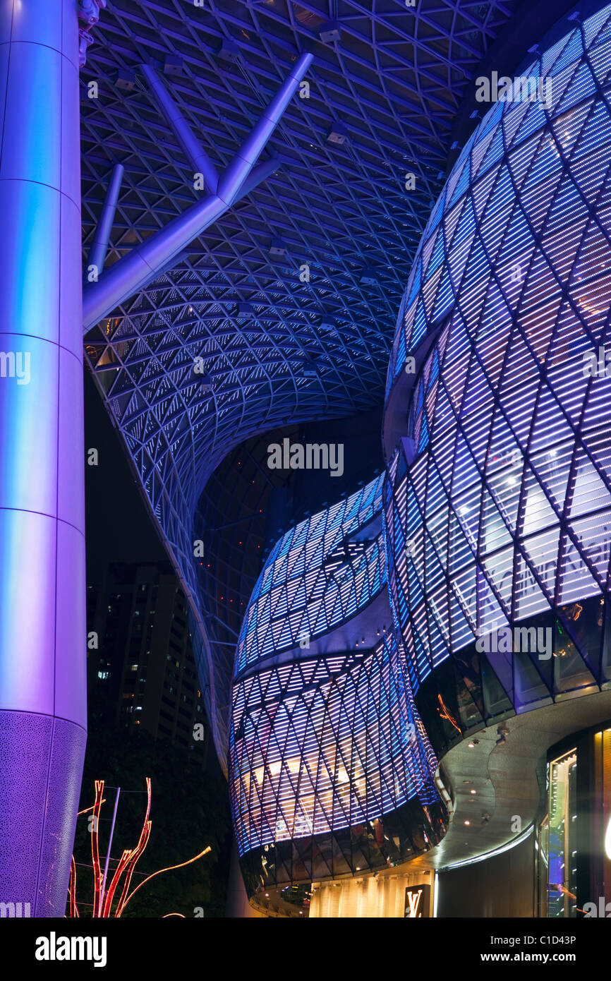Architektur der ION Orchard Mall.  Orchard Road, Singapur Stockbild