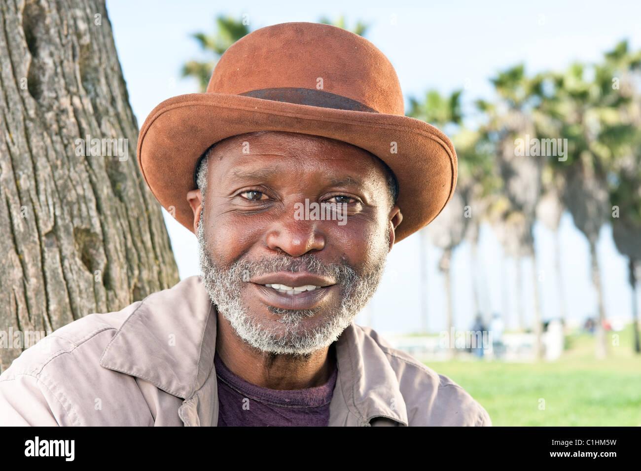 Datierung älterer schwarzer Mann