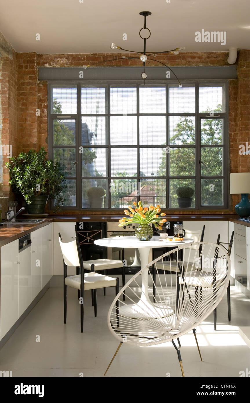Offene Küche im Lager Konvertierung mit Crittal Fenstern, Tulip ...