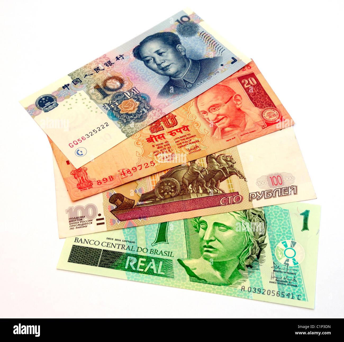 Der Euro-Dollar-Kurs hatte sein historisches Tief bei 0, und sein historisches Hoch bei 1,