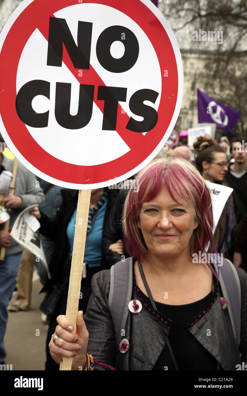 Demonstration gegen die Regierung Kürzungen bei den öffentlichen Ausgaben. Stockbild