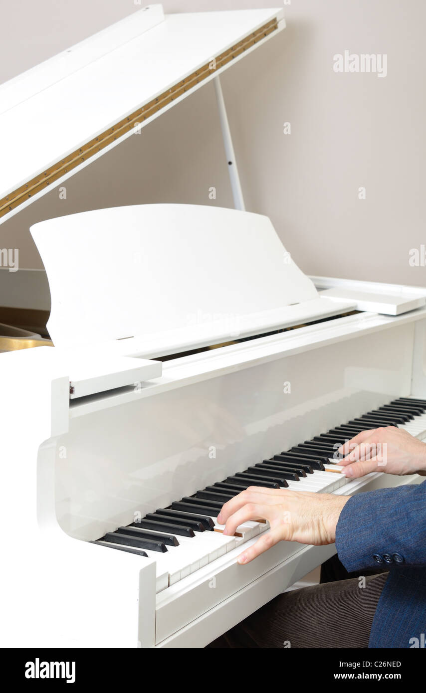 piano stockfotos piano bilder alamy. Black Bedroom Furniture Sets. Home Design Ideas