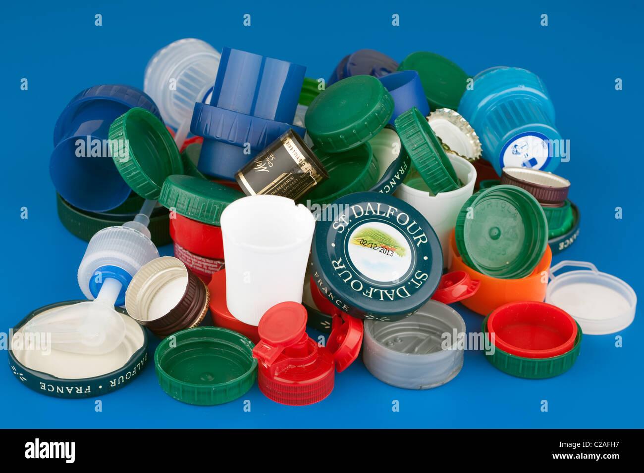 Haufen von Mischprodukt Flasche und Glas-tops Stockbild