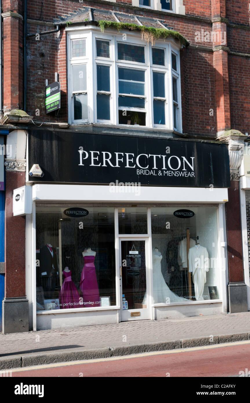 Perfektion-Hochzeit-Bekleidungsgeschäft Stockbild